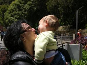 Refael and mama at the SF zoo