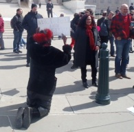 Woman on knees praying at SCOTUS steps because Melanie told her that her daughters have two moms. Photo: Cathy Kristofferson,   Oblogdeeoblogda©