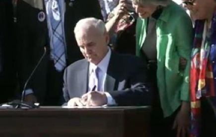 Gov Signs marriage equality into law for MN