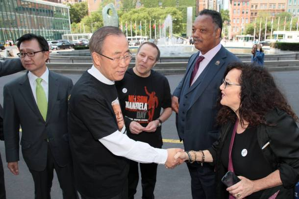 Ban Ki Moon, Melanie and Jesse jackson  Alan at UN
