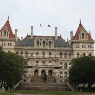 capitol-building-in-albany